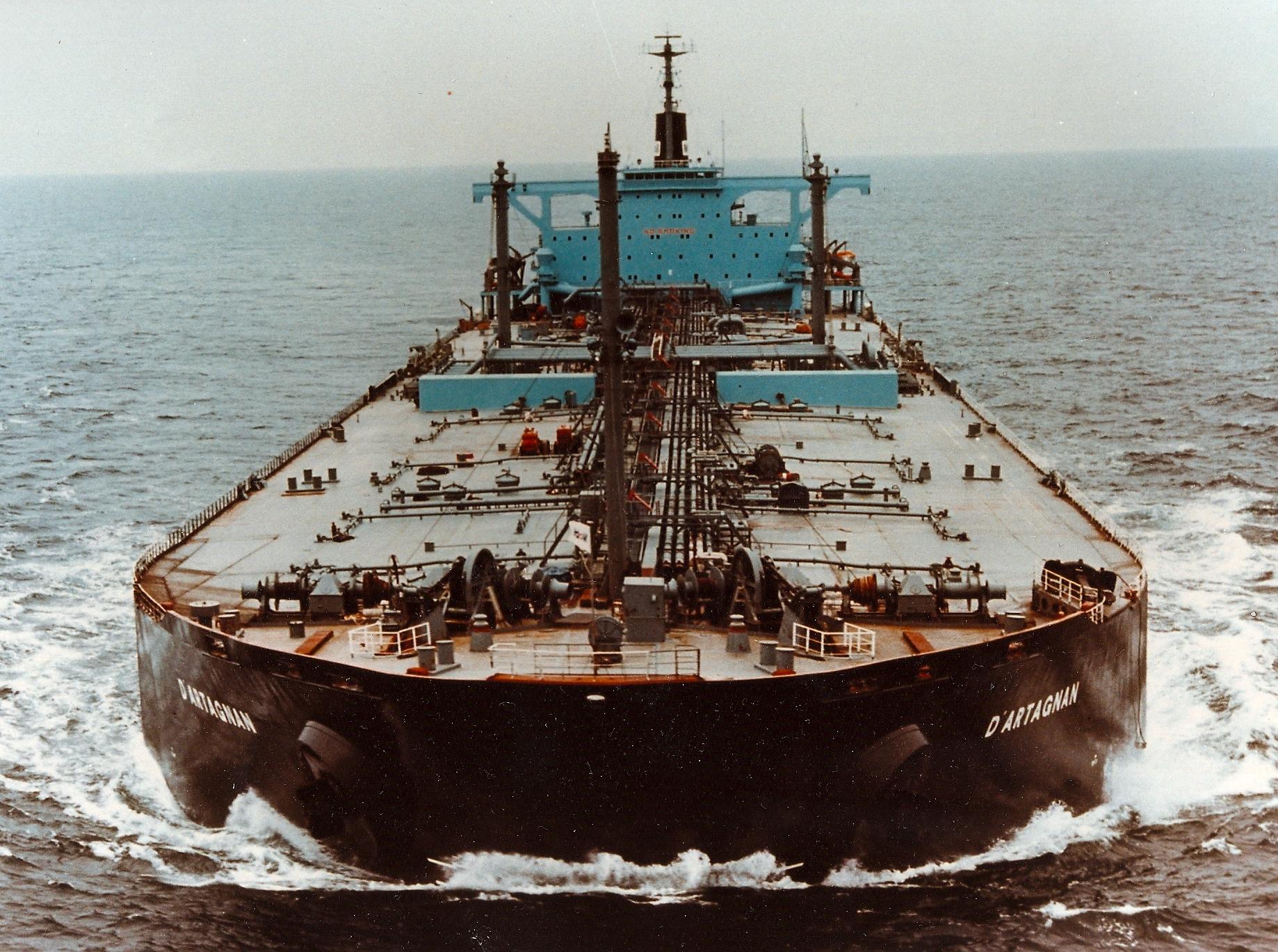 petrolier.jpg