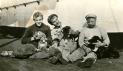 3-mâts Jeanne d'Arc 1901 - Les mascottes du bord en 1916 - Photo Francis Roger